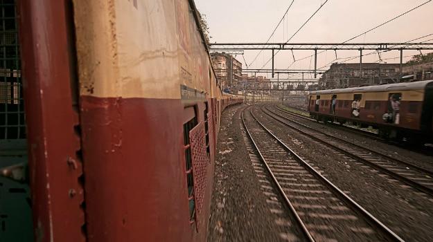 bring bike to mumbai through train