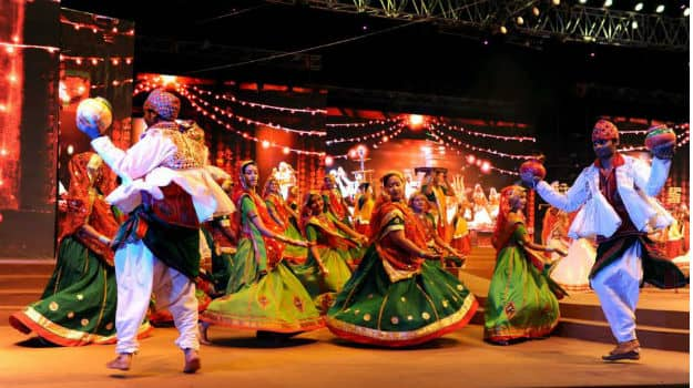 Top 6 places in Gujarat for Navratri celebrations and dandiya nights |  India.com
