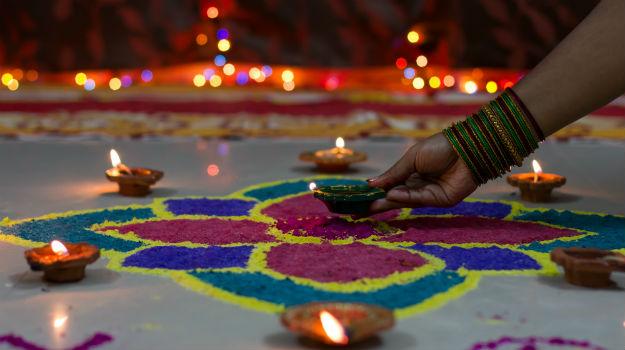diwali 2015 how diwali is celebrated in varanasi india com