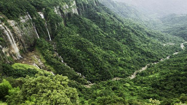 Meghalaya_Seven-Sisters-Falls
