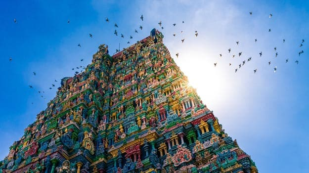 Top 5 Temples Of Tamil Nadu You Simply Cannot Afford To