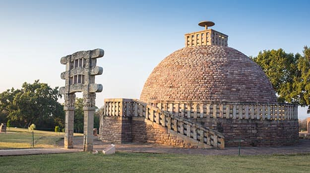 monuments built by british in india Famous monuments in delhi- monuments of british rule others monuments built by delhi sultans- muslim and mughal monuments- british monuments in delhi-india.