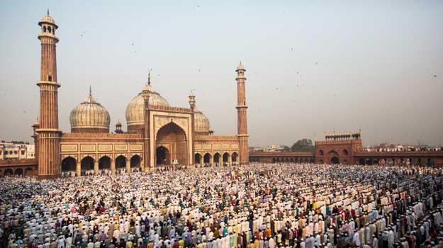 Must see Dates Eid Al-Fitr Feast - 28Delhi-Jama-Masjid-Eid-GettyImages-154823695  Gallery_48775 .jpg