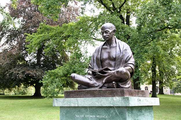 Gandhi statue in Geneva