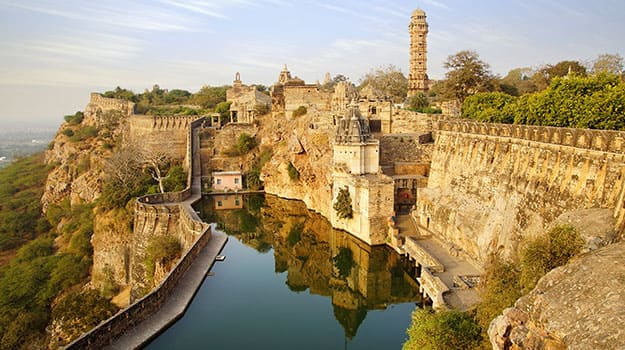 Rajasthan_Picturesque-panorama-of-Cittorgarh-Fort-India