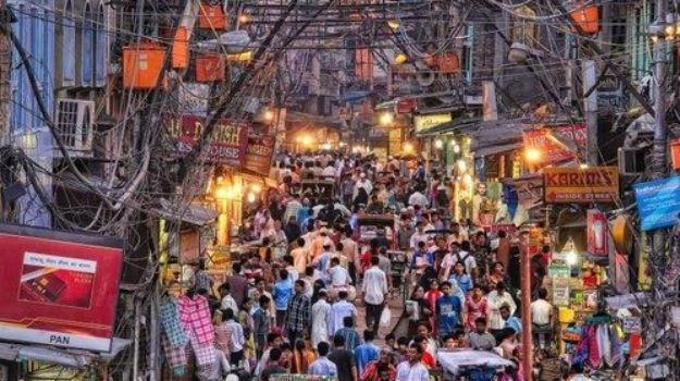 The busy Chandni Chowk market in Delhi