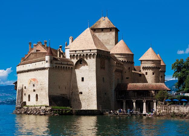 21Switzerland-Chateau-de-chillon