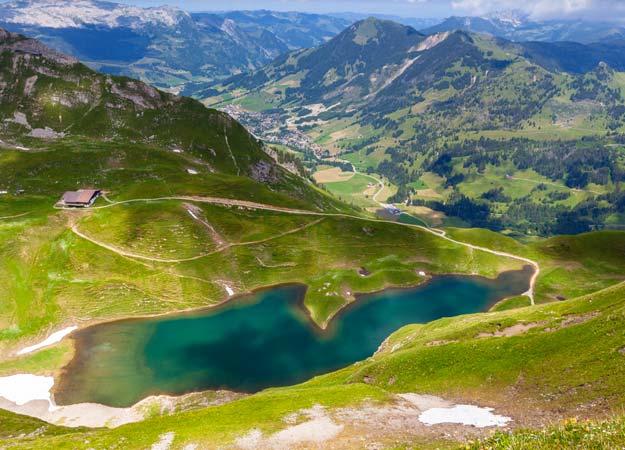 Switzerland-Eisee-lake-Jungfrau