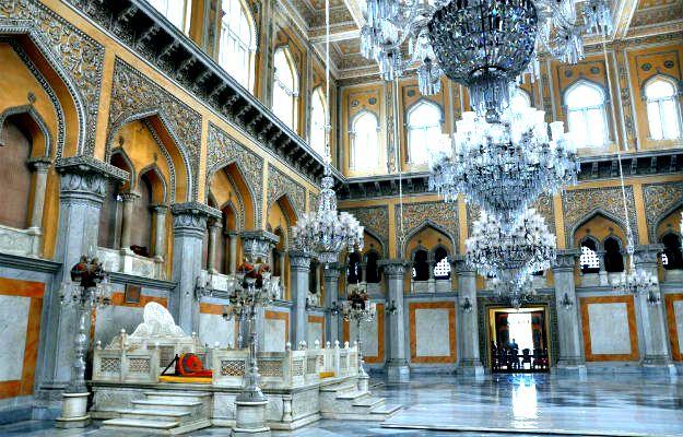 24-travel-hyderabad-chowmahalla-palace