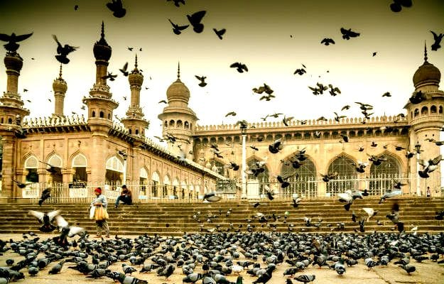 24-travel-hyderabad-mecca-mosque