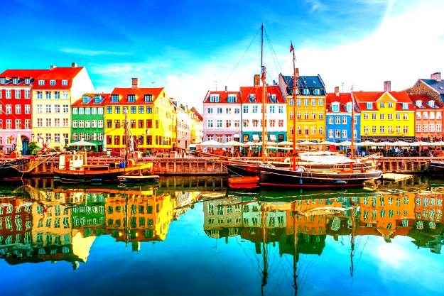 25-travel-denmark-Nyhavn-copenhagen