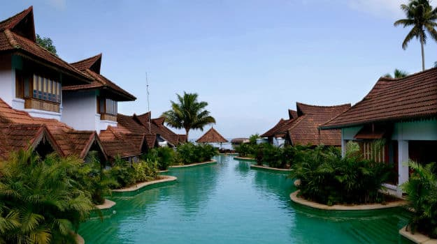 5 best luxury hotels of kerala Resorts in kerala with swimming pool