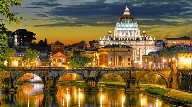 6Romantic-Rome-shutterstock_219435169 (1)