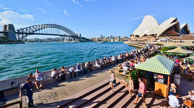 6Romantic-Sydney-shutterstock_284352734 (1)