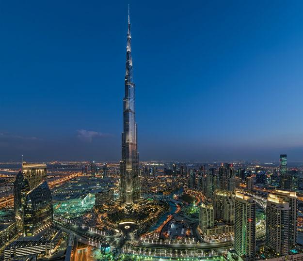 Downtown-Dubai-shutterstock_347681591