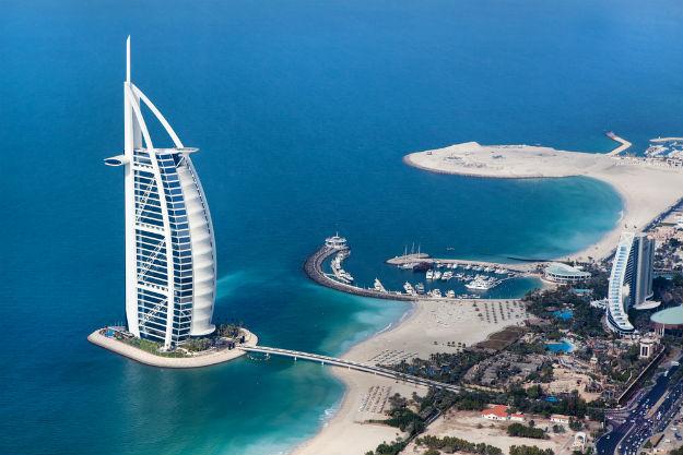 Dubai-Burj-Al-Arab-luxury 5 star hotel in front of Jumeirah beach-shutterstock_125624981