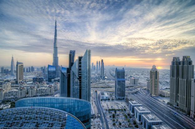 Dubai Downtown-shutterstock_207942496