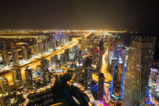 Dubai-Marina-skyscrapers-at-night-shutterstock_259769048
