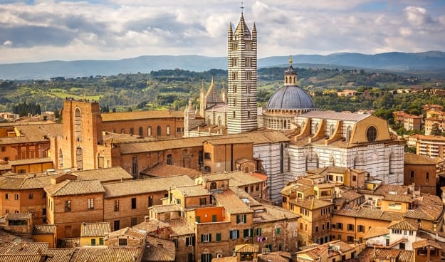 Explore the hidden beauty of Siena in Italy with this interactive