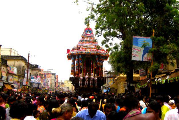 Chithirai Festival, Photograph courtesy: Wikimedia Commons
