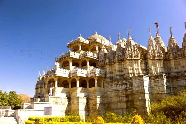 3-travel-mount-abu-dilwara-temple-1