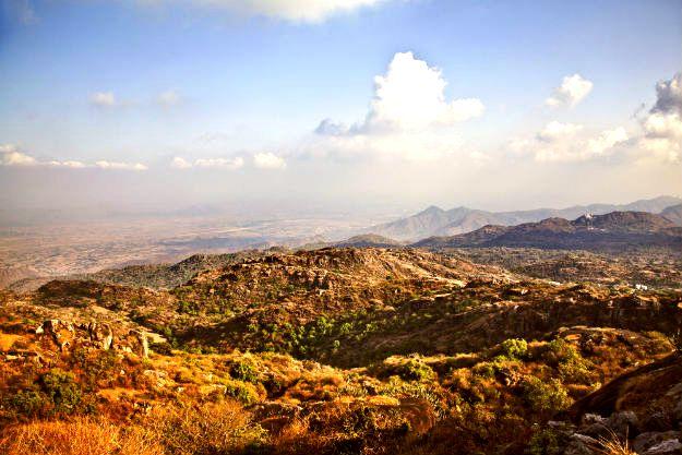 3-travel-mount-abu-guru-shikhar1
