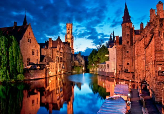 Belgium1-Houses along the canals of Brugge or Bruges