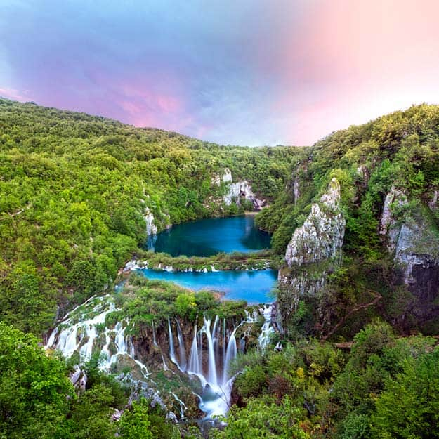 Croatia-sunset-view-in-the-Plitvice-Lakes-National-Park