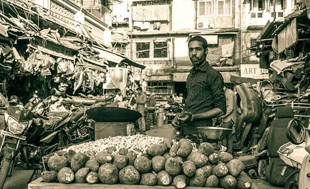 chor bazar 11
