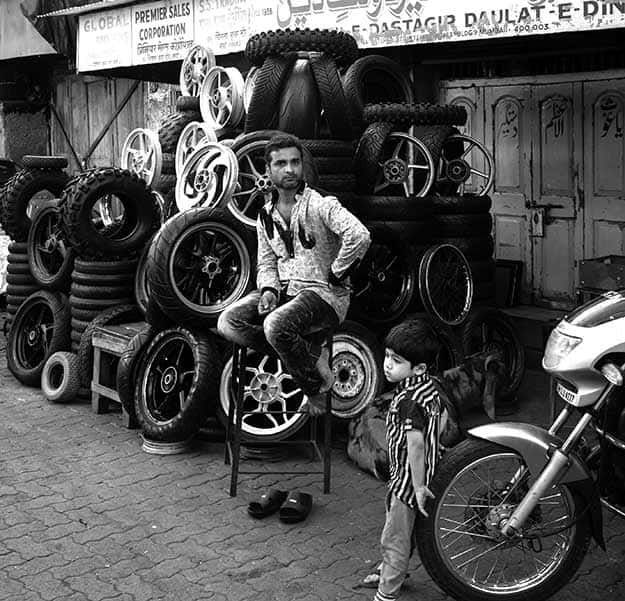 chor bazar 15
