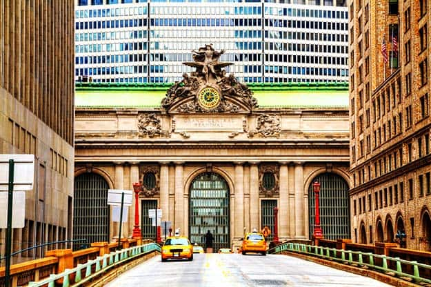 Grand Central Terminal viaduc and old entrance-shutterstock_159171224