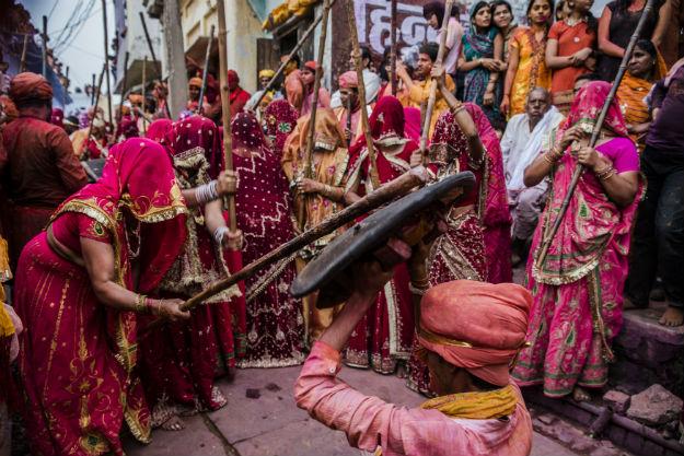 Calendar Holi : Holi date in indian calendar when is celebrated