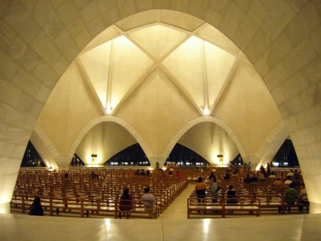 5 Interesting Facts About The Bahai Lotus Temple In Delhi That You