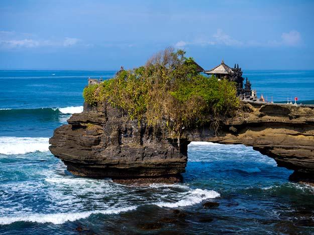 Tanah Lot temple- Bali-shutterstock_245224321