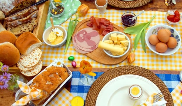 Easter 2016 top 5 restaurants in mumbai and delhi to for What day does easter fall on this year