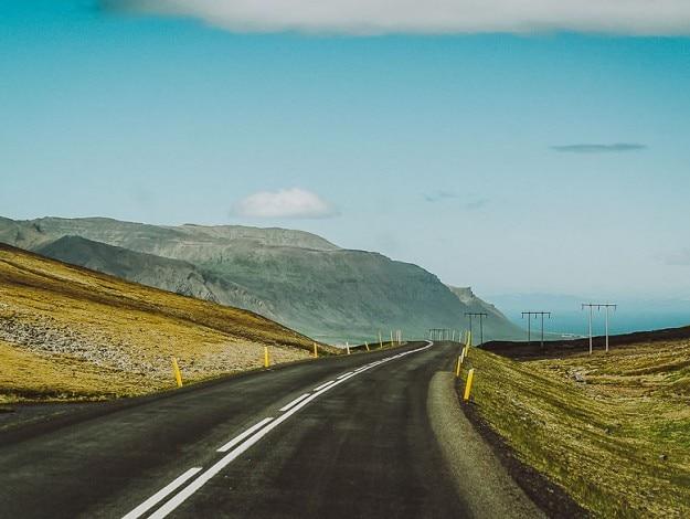 21iceland-roads9