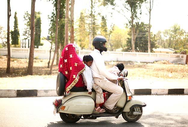 22india-scenes-travel3