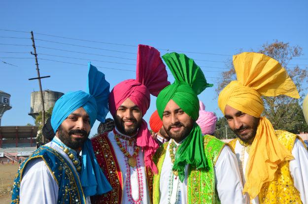 Bhangra-costume