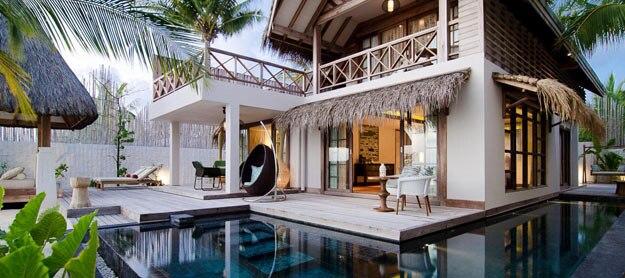 jumeirah-vittaveli-beach-suite-hero