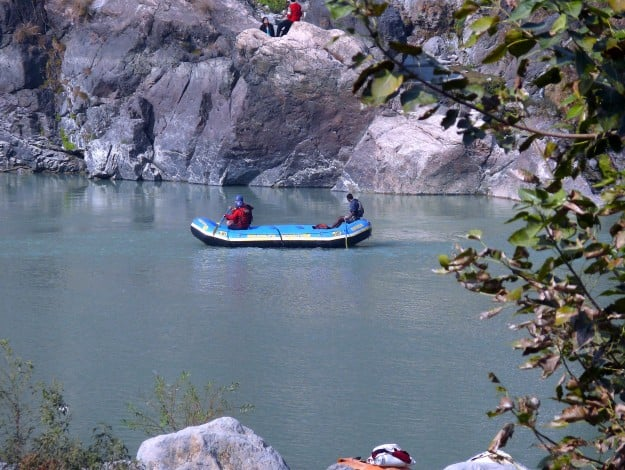 River_rafting_at_bhagirathh