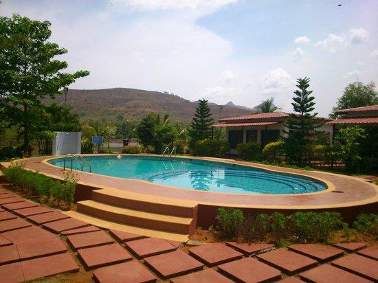 balaji-resorts-velhe