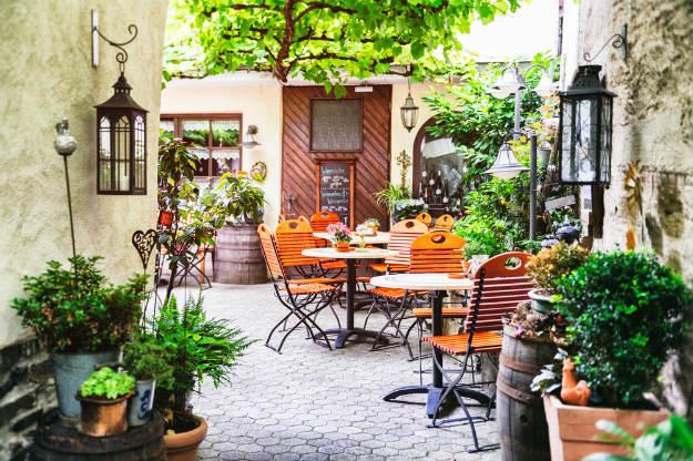 7 Best Places To Eat In Hauz Khas Village