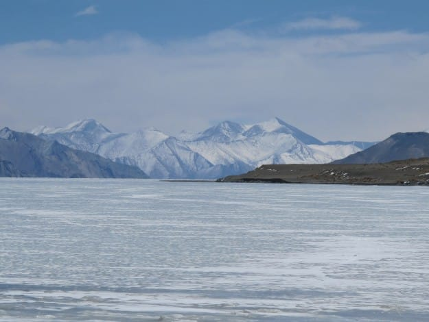 Frozen_Pangong_Lake