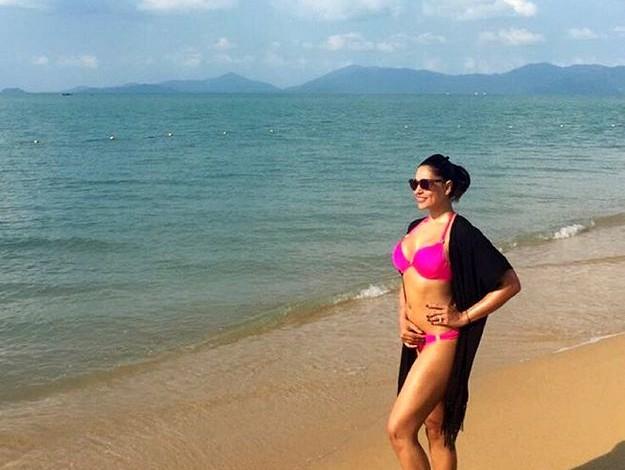 bipasha-basu-karan-singh-grover-honeymoon1