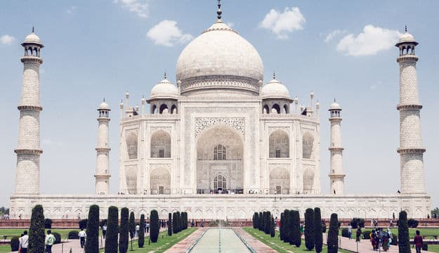 Taj Mahal Excluded From Uttar Pradesh Tourism Booklet: Here's Why the Taj Mahal Remains India's Most Popular Attraction