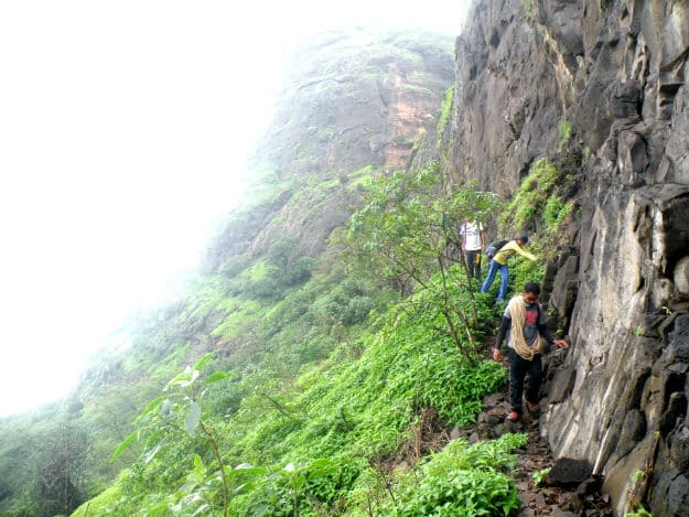 DOs and DON'Ts for Going on a Monsoon Trek