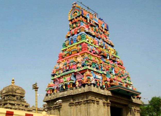 parle maharashtra shiva temple