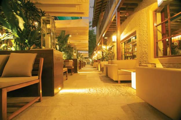 Bungalow 9 Bandra Mumbai: Top 15 Pubs And Restaurants In Bandra Every Foodie Must