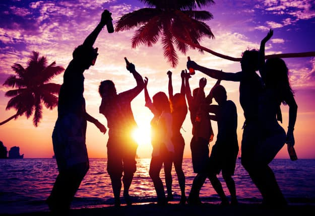 [Image: goa-beach-party.jpg]