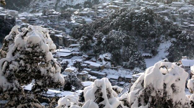 Snow in Mussoorie